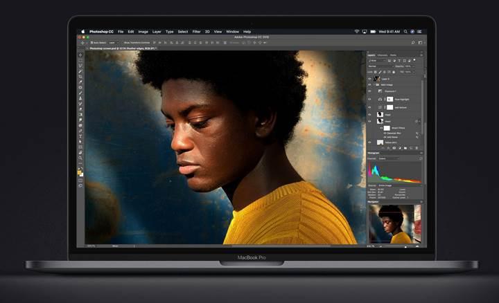 MacBook Pro artık 8 çekirdekli